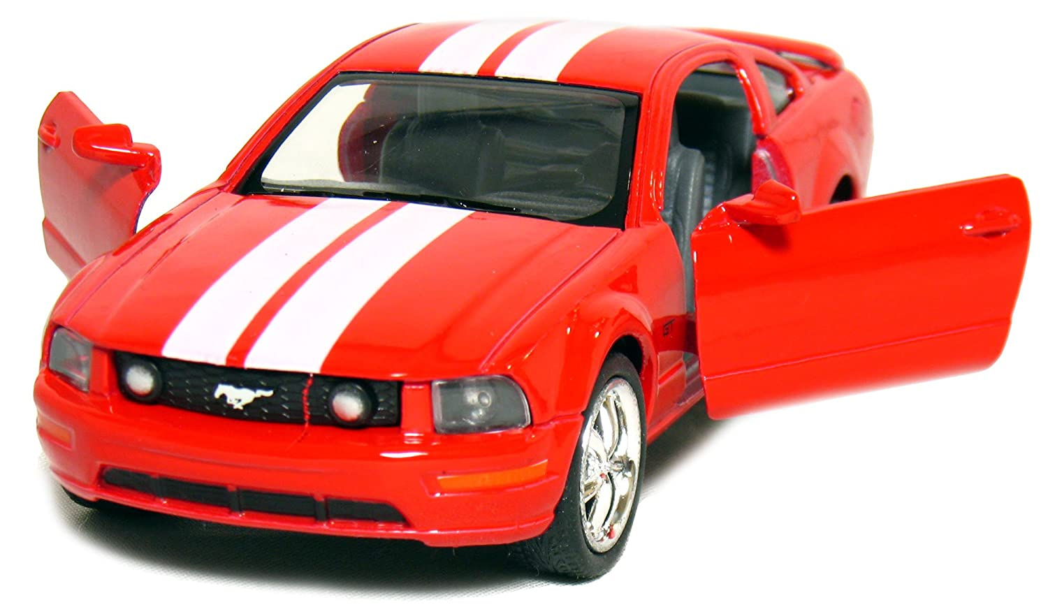 Amazon com 5 2006 ford mustang gt with stripes 138 scale red by kinsmart toys games