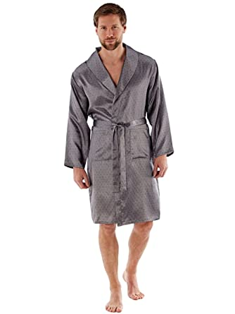 763a19bb32 Harvey James Men s New Lightweight Traditional Patterned Satin Dressing  Gown Wrap Robe Navy and Grey  Amazon.co.uk  Clothing