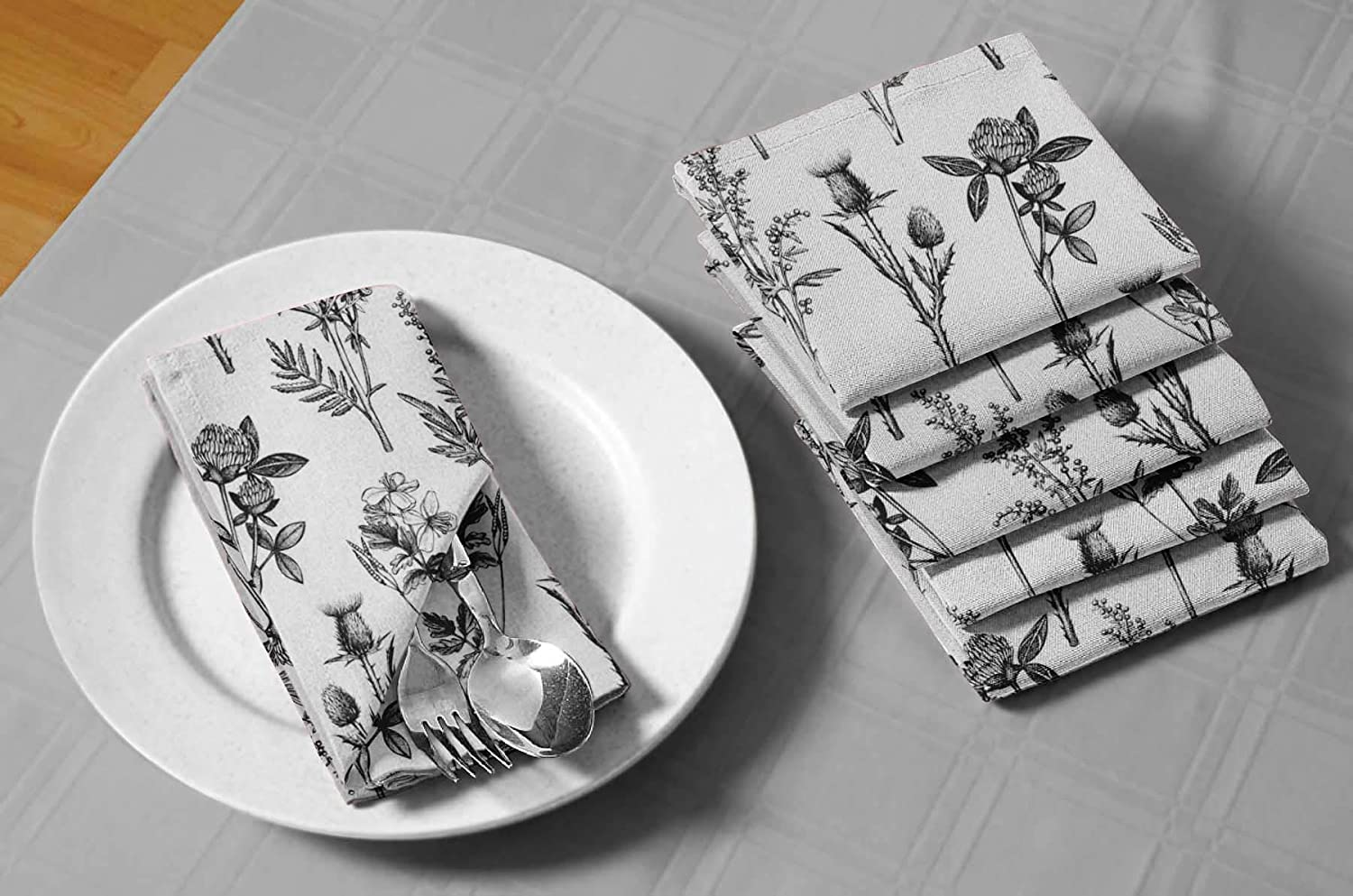 S4sassy Black Clover Daisy Floral Re Usable Napkin Dinning Set Wedding Party Table Linen 22 X 22 Pack Of 6 Home Kitchen