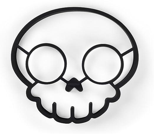 Amazon Com Fred Funny Side Up Silicone Egg Mold Skull Egg