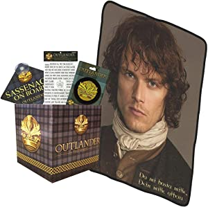 Outlander LookSee Collectibles Box |Includes Fridge Magnets |Car Sign | Embroidered Patch | Throw Blanket