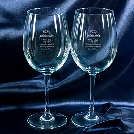 Juego de dos copas de vino grabadas con el texto que tú quieras.,Un regalo de jubilación original, e