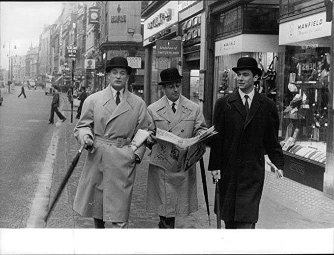 Amazon.com: Vintage photo of Jean-Alfred Villain-Marais walking with friends.: Entertainment Collectibles