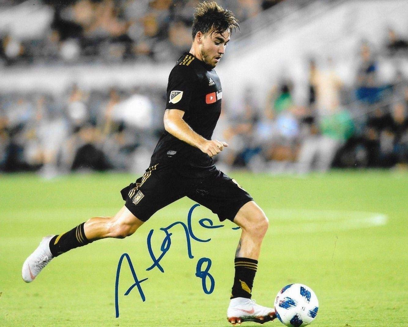 24d926bba Signed Andre Horta Photo - Club LAFC 8x10 MLS 2 - Autographed Soccer Photos  at Amazon s Sports Collectibles Store