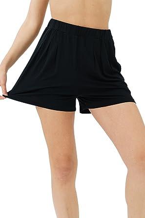 fb96d9ebbcee trueprodigy Casual Damen Marken Shorts Einfarbig Basic Sweat Shorts Vintage  Sportlich Slim Fit Sweat Shorts Frauen  Amazon.de  Bekleidung