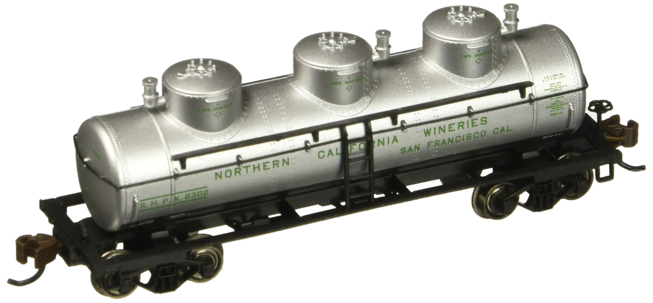 Bachmann Industries 3 Dome Tank Northern California Wineries Car, N Scale