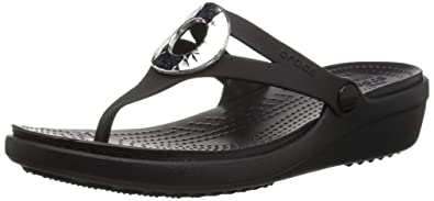 2de3ab01712c crocs Women s Sanrah Hammered Met Wedge Flip Sandal