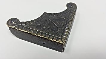 PK de 4 Esquinas caja de metal acabado antiguo recargado envejecido 44 mm sobre Recto C115
