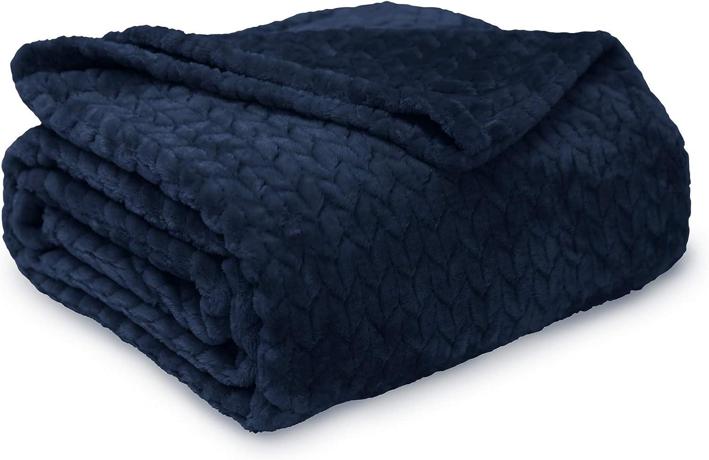 Better Homes & Garden Velvet Plush Oversized Throw, Indigo Blue