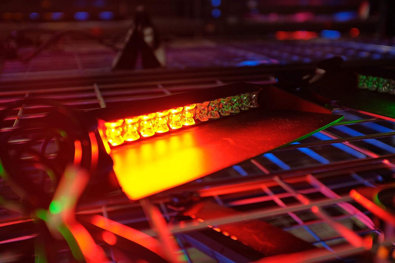 Feniex Fusion 2X Deck /& Dash LED Light Single Color 40/° Focused Beam, Red-White