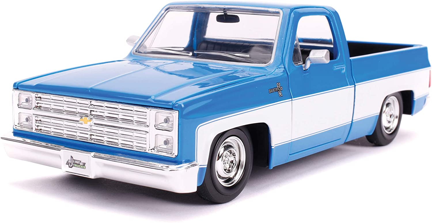 Jada Toys Just Trucks 1:24 1985 Chevrolet C-10 Die-cast Car Blue, Toys for Kids and Adults