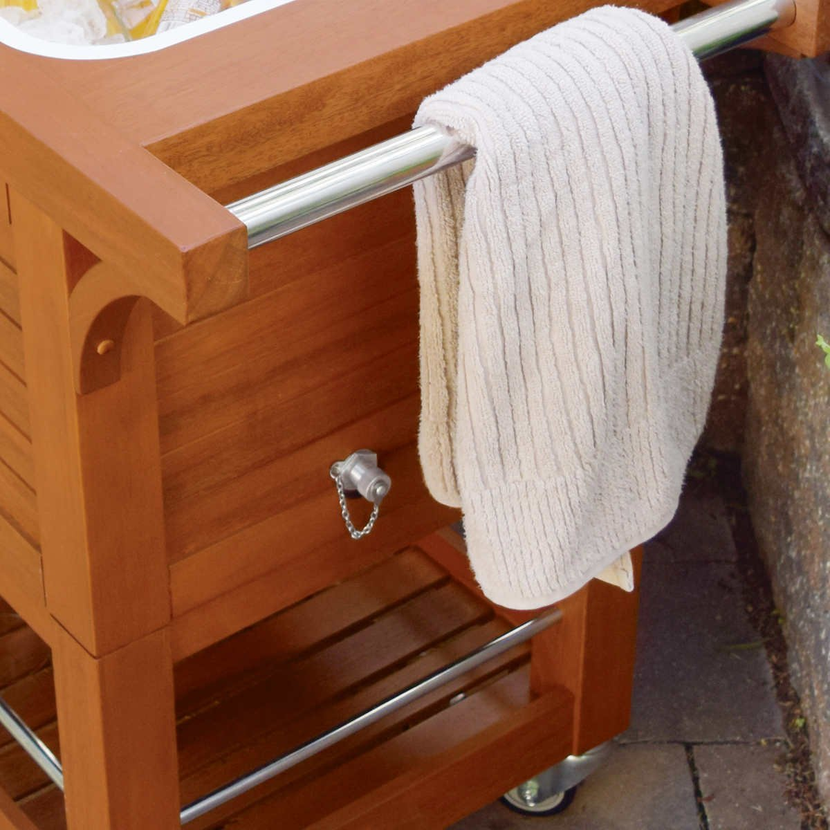 Tommy Bahama Relax 100 Quart 94.6 L Wood Rolling Cooler