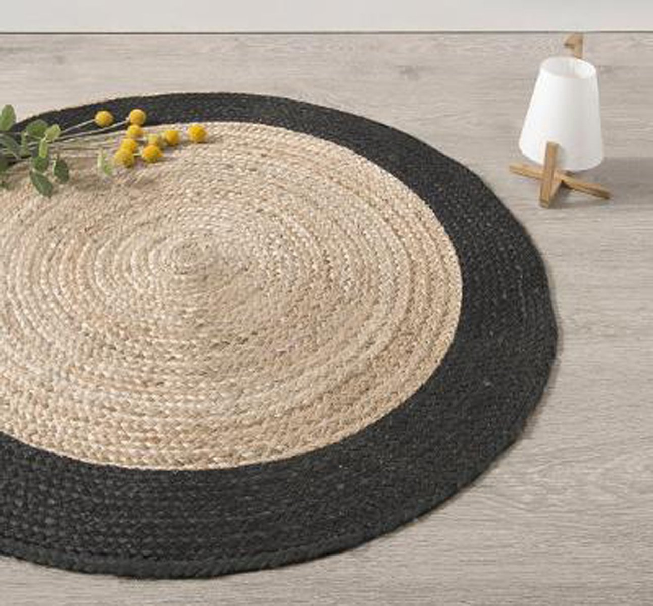 stunning tapis rond en jute naturel et noir diamtre cm pegane with maison du monde tapis rond. Black Bedroom Furniture Sets. Home Design Ideas
