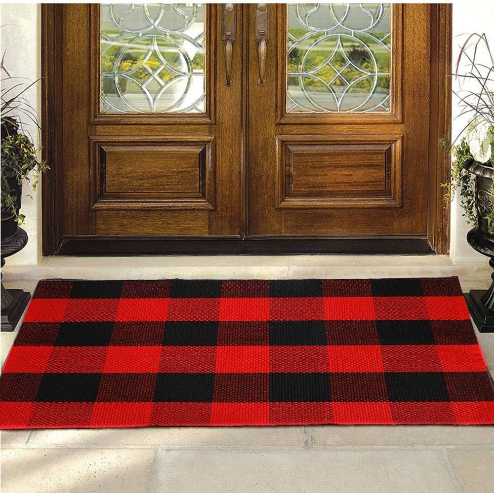 Buffalo Plaid Rug Yhouse Cotton Front Door Mat Outdoor Doormat Washable Checkered Rugs Indoor Outdoor Welcome Mat For Layered Mat Porch Kitchen Farmhouse Entry 23 6 X35 4 Red And Black Plaid Amazon Ca Home Kitchen