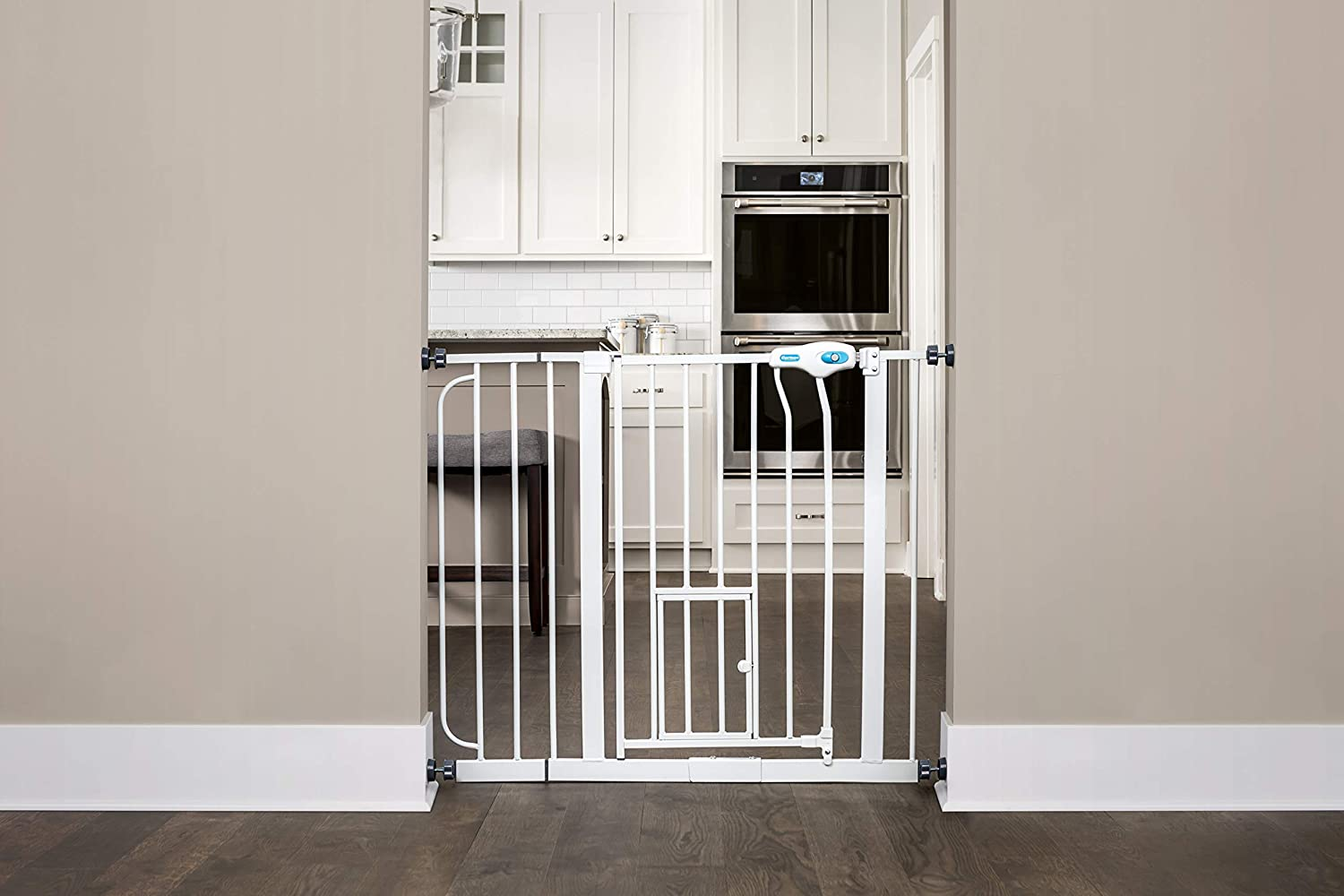 Carlson Extra Wide Pet Gate With Small Pet Door Amazon Ca Pet