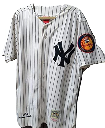 huge discount 374d5 a4ff5 Amazon.com: Mitchell & Ness 50th Year New York Yankees ...