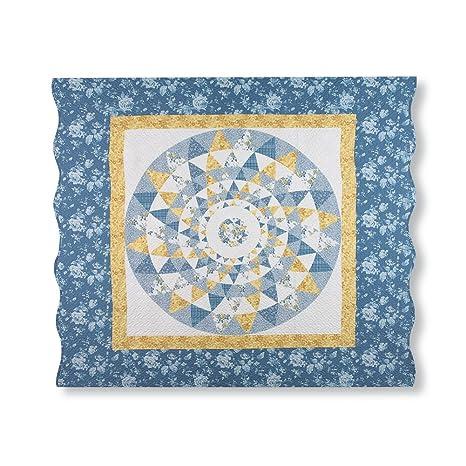 Amazon.com: Mattie medallón Patchwork azul y amarillo Floral ...