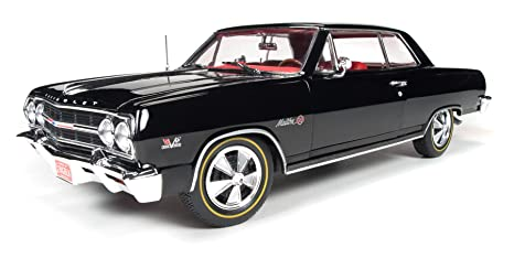8205a5f4884 1965 Chevrolet Chevelle Z-16 Malibu SS396 Negro 1 18 Auto World AMM1061