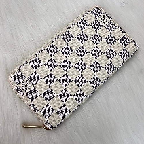 296d936cdaf91 L*uis V*itton White Damier Azur Leather Zippy Wallet ... - Amazon.com