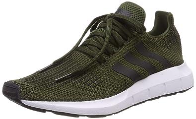 best loved 26394 d268f Amazon.com   adidas Originals Swift Run   Fashion Sneakers