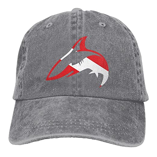 LLOMYCAPUS Diver Down Shark Scuba Diving Classic Unisex Baseball Cap  Adjustable Washed Dyed Cotton Ball Hat 86e1ec13fa3