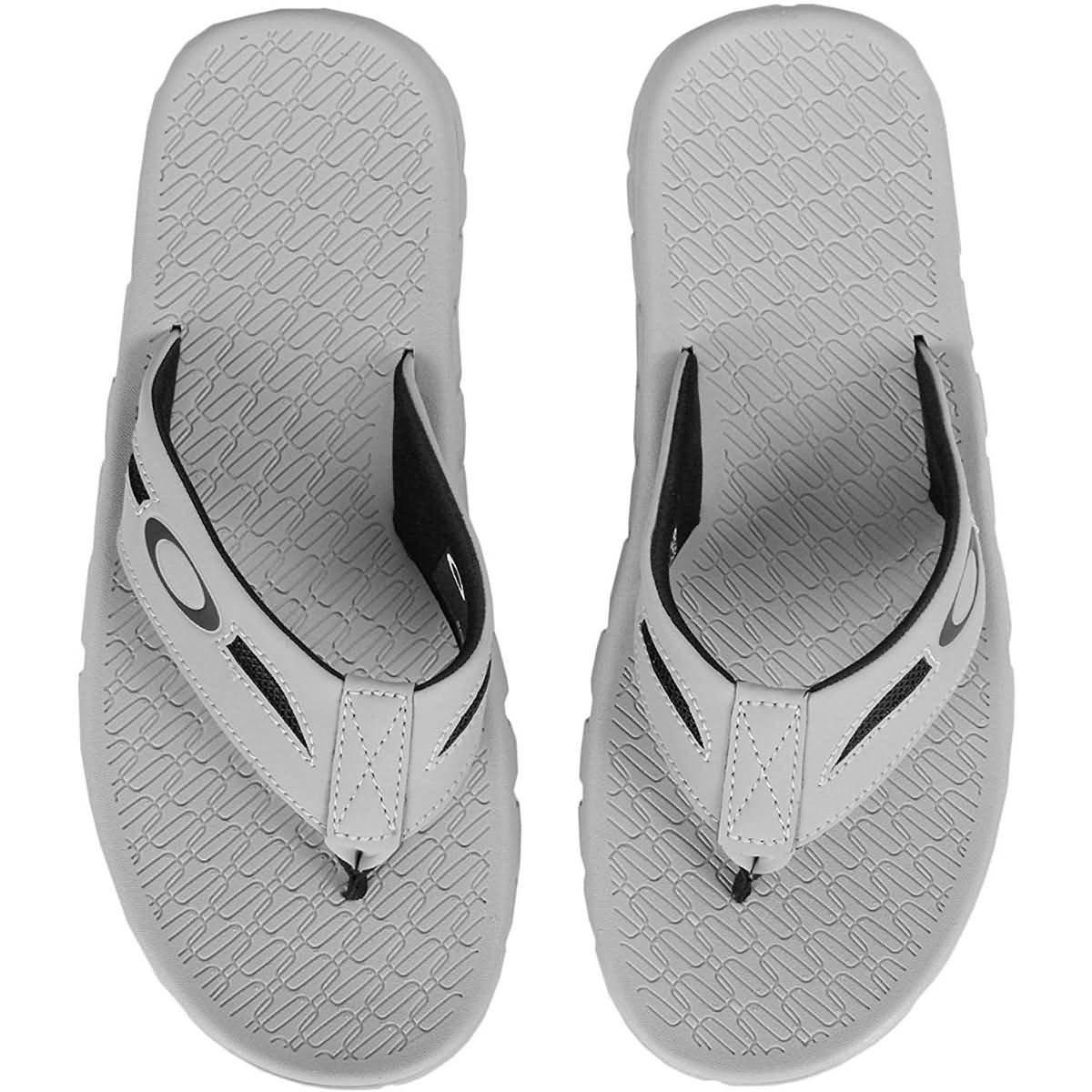 eb3fcc10a5 Galleon - Oakley Men s Operative 2.0 Sandals