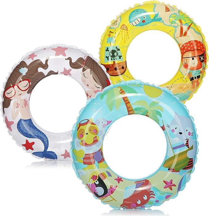 com-four® 3X Neumáticos de natación - Anillo de natación de Colores - Neumáticos de natación para niños con Diferentes Motivos [la selección varía] (03 Piezas - Ø 61cm Isla/Pirata/Sirena)