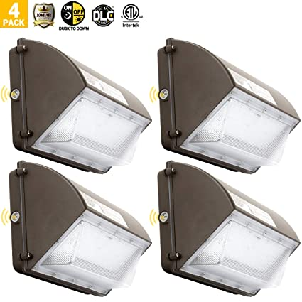70W LED Wall Pack Outdoor Security Light Dusk to Dawn for Commercial Building
