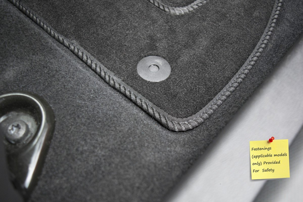 Connected Essentials Tailored Ajuste Personalizado Alfombras de Coche