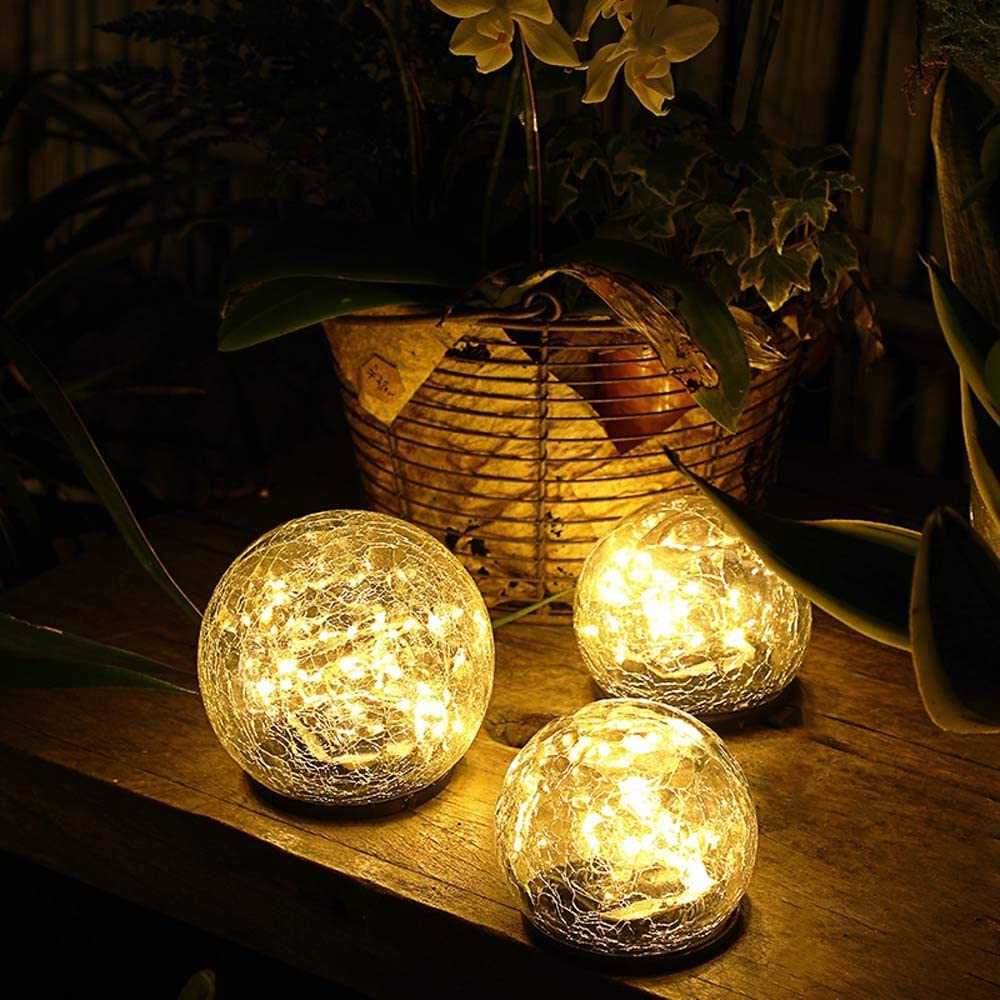 Solar Powered LED Garden Light Cracked Glass Globe Ball Outdoor Lamp for Lawn Patio Garden Yard