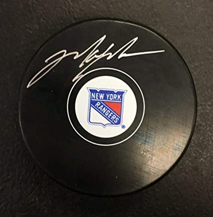 the best attitude 418df 8ef5a Signed Mark Messier Hockey Puck - Ny Official Nhl Cert ...