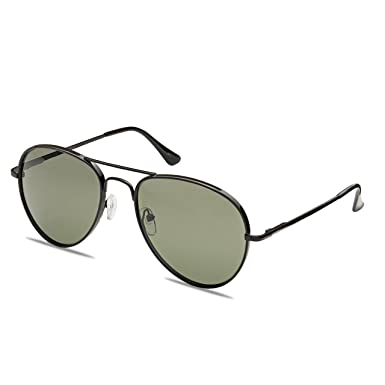 d4e9d33ee10c Amazon.com  WealthyShades Round aviator sunglasses for women and men- One  Of a kind Polarized Rounded aviator (Black  G15 lens)  Clothing