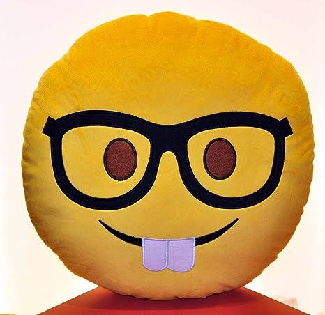 Amazon.com: Hig Qualty 16 Emoji almohadas (Nerd Rostro ...