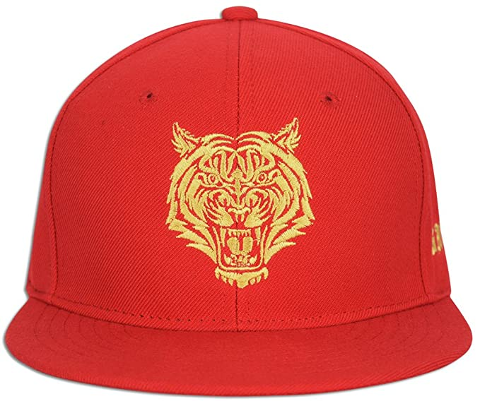 1cedc1a339b Tiger Savage Embroidery Snap back Baseball Cap Snapback Hat (Red   Gold) at  Amazon Men s Clothing store