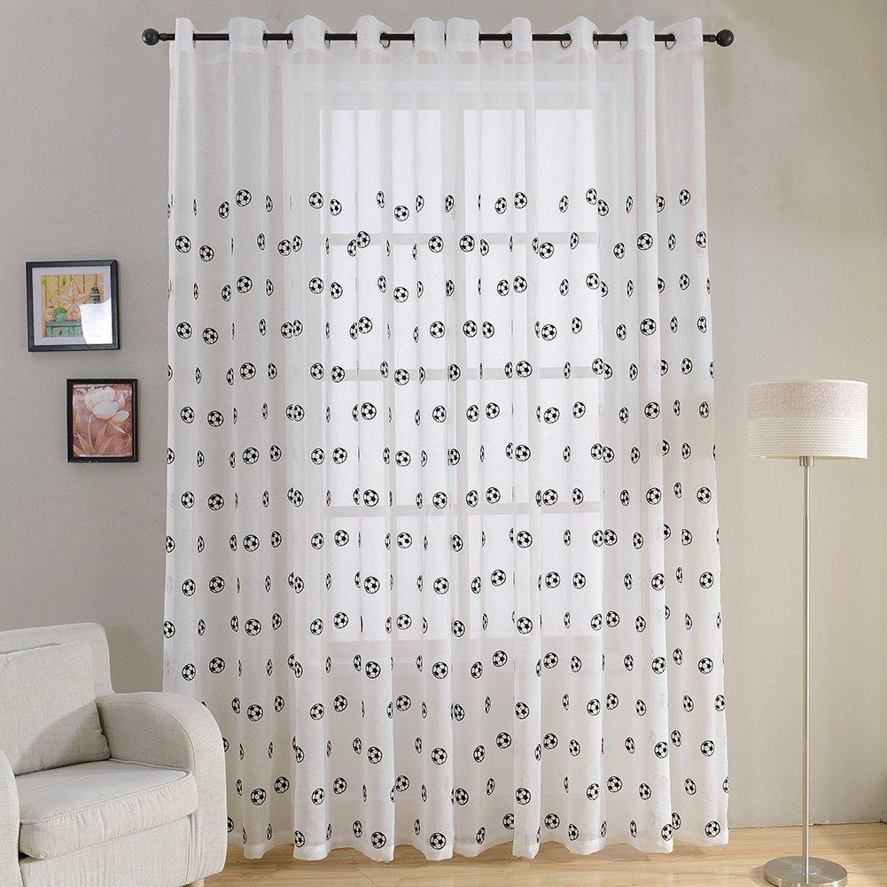 rideaux pour chambre enfant dco chambre bb rideaux pour les filles et les garons with rideaux. Black Bedroom Furniture Sets. Home Design Ideas