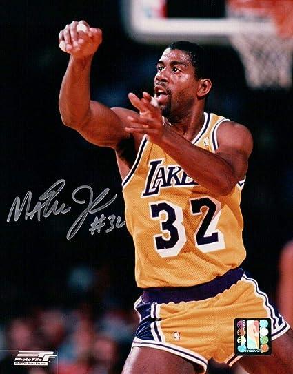 157510360 Autographed Magic Johnson Photo - 8X10 LA Passing at Home w COA -  Autographed NBA Photos