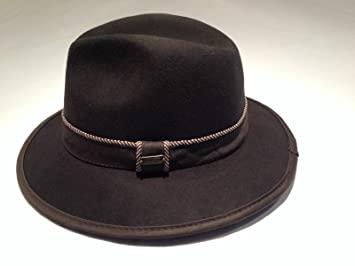Amazon.com   Stetson Ceush Felt Safai Men s Hat Color Chocolate Size ... 84e8865c304