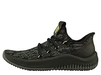 hot sale online 4ac32 df69f adidas Mens Dame D.o.l.l.a. Basketball Shoes, Black CblackGrefivGold Mt,  ...