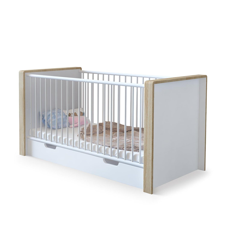 Babybett Gitterbett Kinderbett Juniorbett Nandini mit Bettkasten, Korpus in Weiß matt, Blenden in Eiche sägerau
