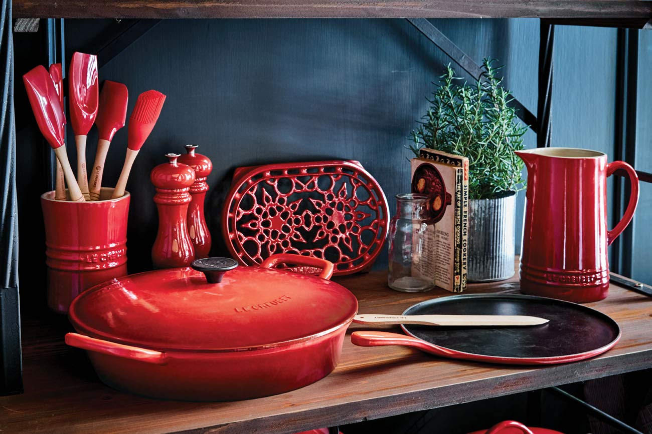 Le Creuset Enameled Cast-Iron 10-2//3-Inch Crepe Pan Cerise Cherry Red