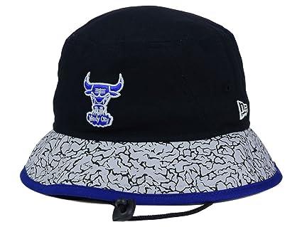 5e414c5f6 Amazon.com : Chicago Bulls New Era NBA HWC Black-Top Black/Grey ...