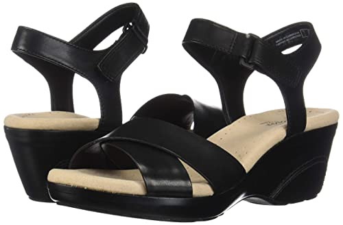 cc181062f3c1 Amazon.com  CLARKS Women s Lynette Deb Sandal  Shoes