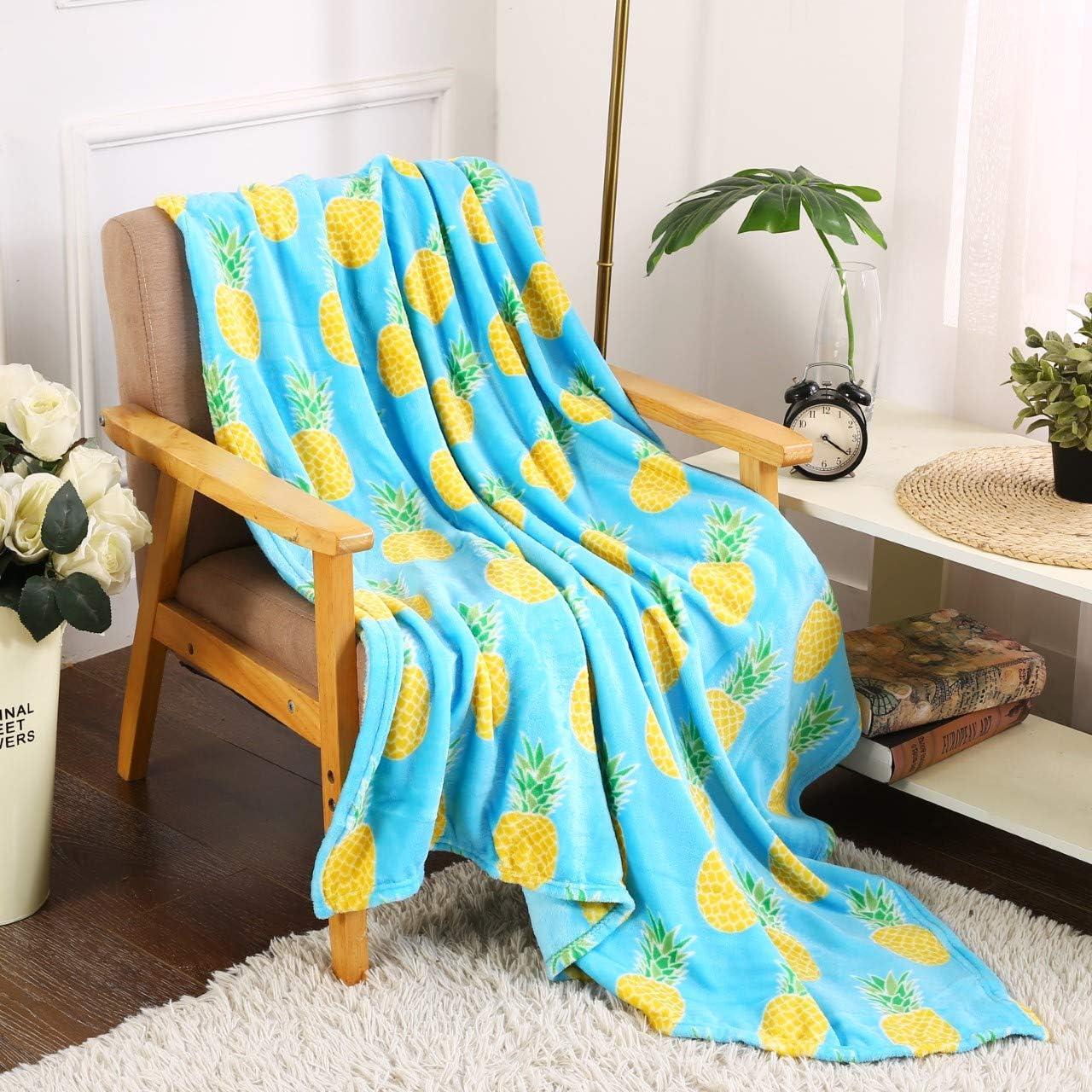 "Valerian Luxury Velvet Touch Ultra Plush Christmas Blanket |Soft, Warm, Cozy |Holiday Printed Fleece Throw/Blanket - 50"" x 60inch (XSN-Holiday-Throw-Pickup Truck)"
