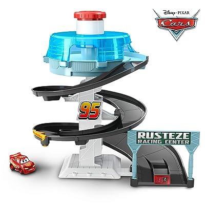 Disney Pixar Cars Mini Racers Rust-eze Spinning Raceway: Toys & Games