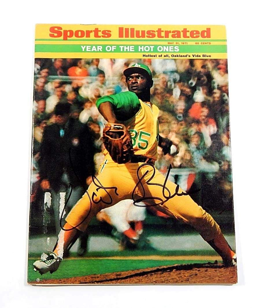 May 31 1971 Vida Blue Signed Sports Illustrated Auto Autograph Oakland A's Autographed MLB Magazines