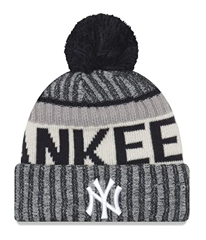 637d5fae151 Amazon.com   New Era New York Yankees MLB NE17 Sport Knit Hat with Pom    Sports   Outdoors