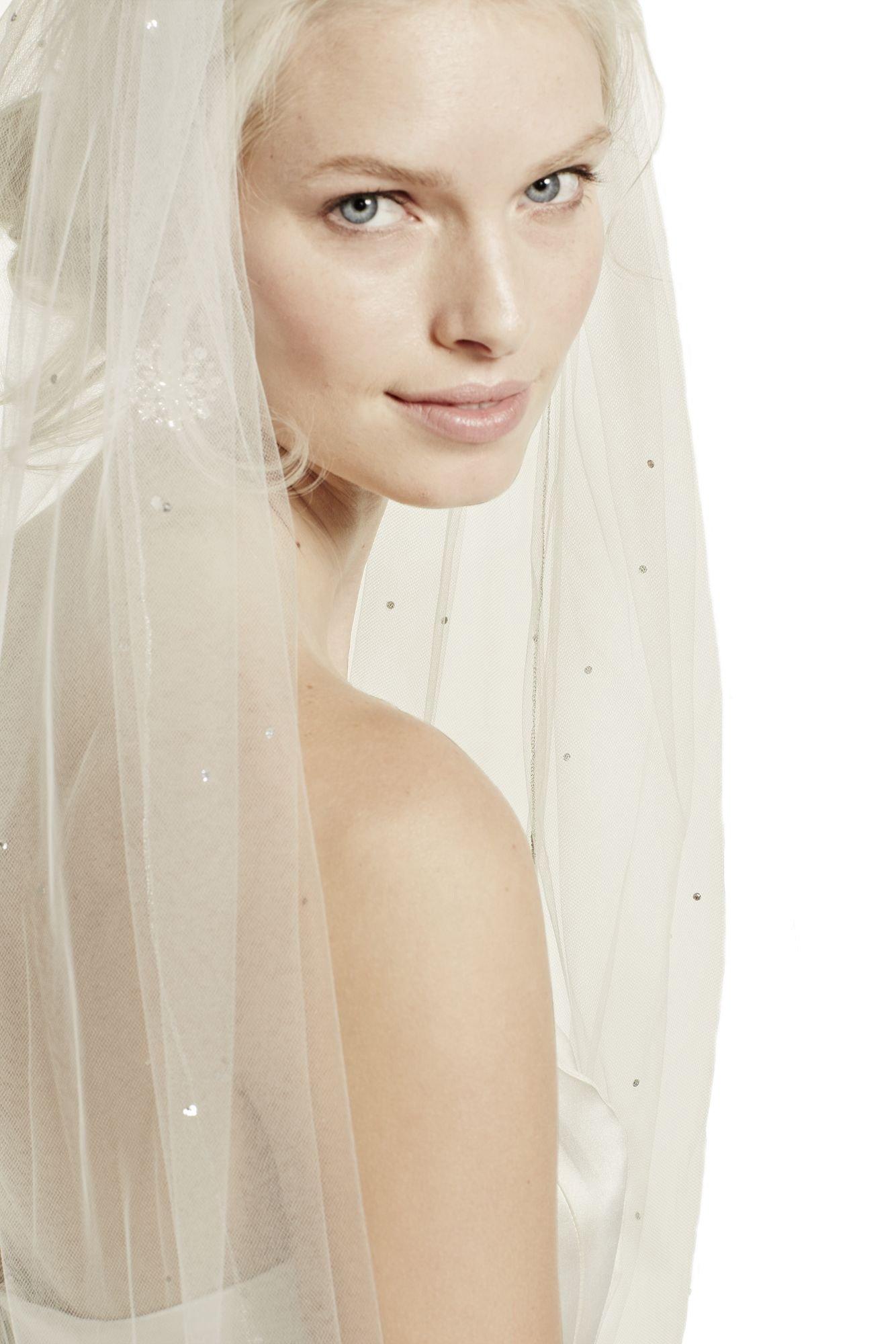 Passat Diamond White Single-Tier 3M Cathedral Starry Night Inspired Crystal Veil DB92