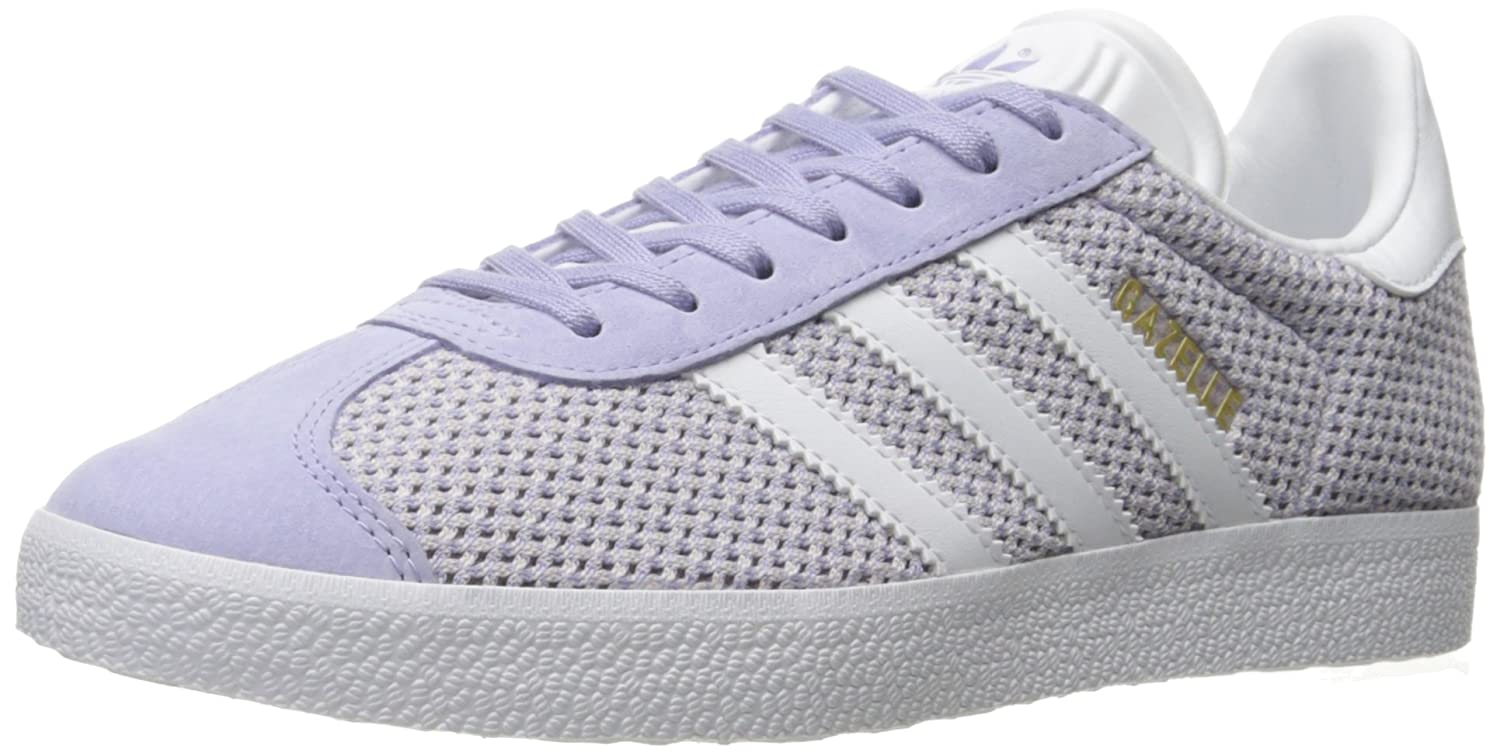 finest selection 5a08e 7fd8d Amazon.com  adidas Originals Womens Gazelle Fashion Sneakers  Fashion  Sneakers