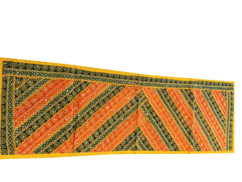 Magnate de Boho Decor camino de mesa naranja amarillo lentejuelas ...