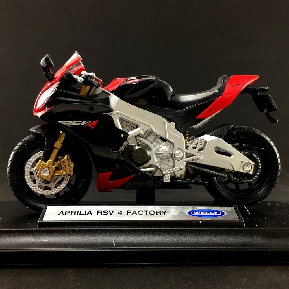 WELLY APRILIA RSV 4 FACTORY 1:18 DIE CAST LICENSED MOTORCYCLE NEW IN BOX